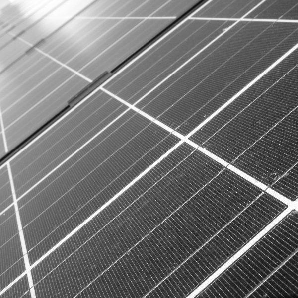 Brandgevaar door gebrekkige installatie zonnepanelen